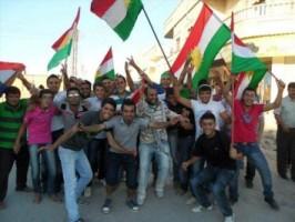 Ликующие сирийцы2